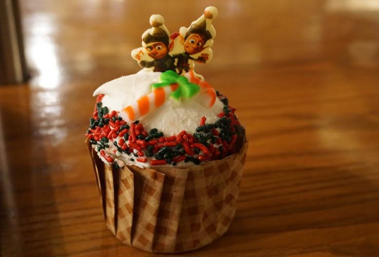 Prep and Landing themed gingerbread cupcake at Disney World's Hollywood Studios, Christmas 2017.