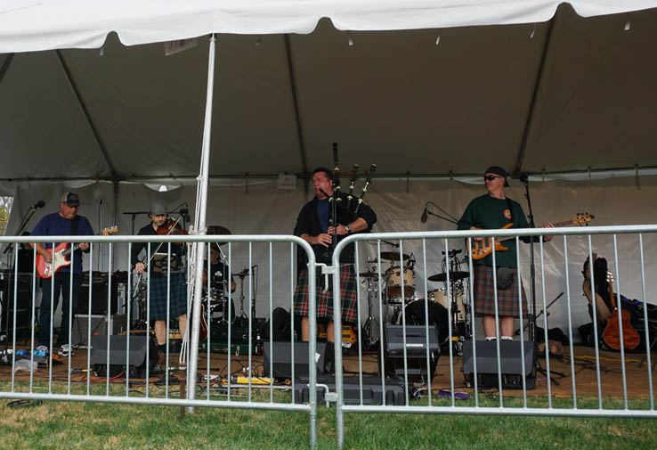 Off Kilter performing at Central Florida Scottish Highland Games.