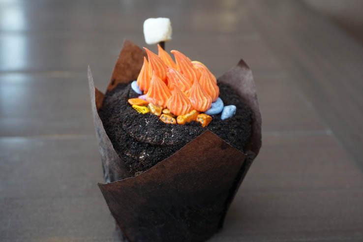 Campfire Cupcake from Roaring Fork at Wilderness Lodge Resort, Walt Disney World
