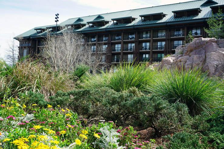 Outside view of Wilderness Lodge Resort at Walt Disney World