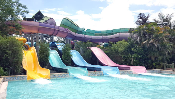 Whanau Way slide at Aquatica Orlando water park.