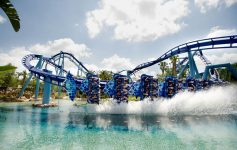 Manta roller coaster getting sprayed with water at SeaWorld Orlando. Photo courtesy of SeaWorld Orlando.